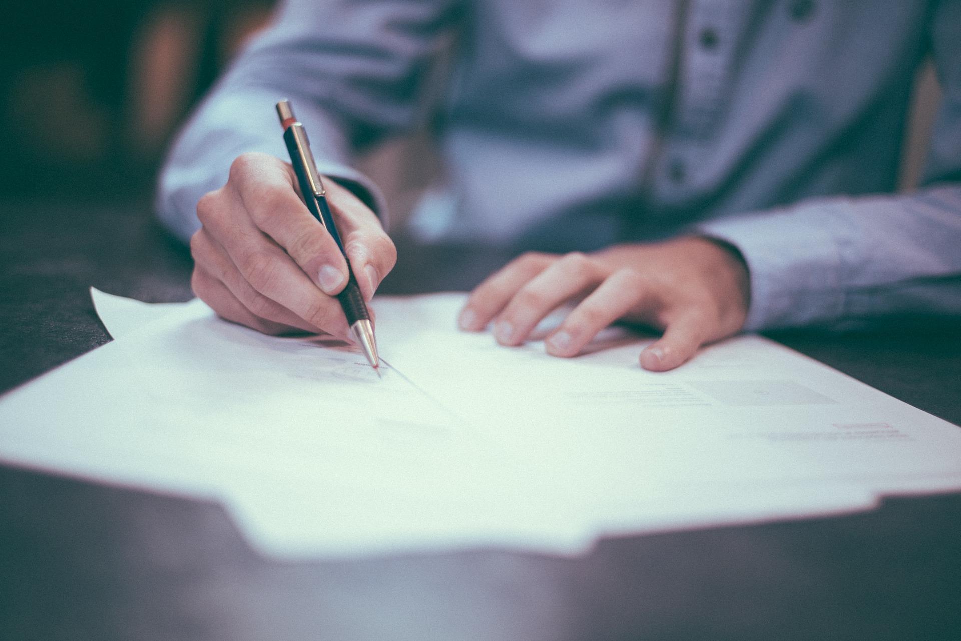 NetSuite contract rewenals
